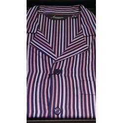 Klassisk pyjamas med knapper fra Ambassador