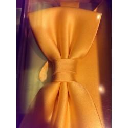 Butterfly med pyntelommetørklæde