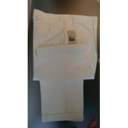 Hvide lærredsbukser fra Tafotti - Klassisk snit