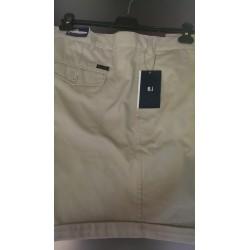 Korte bukser fra Roberto Basic